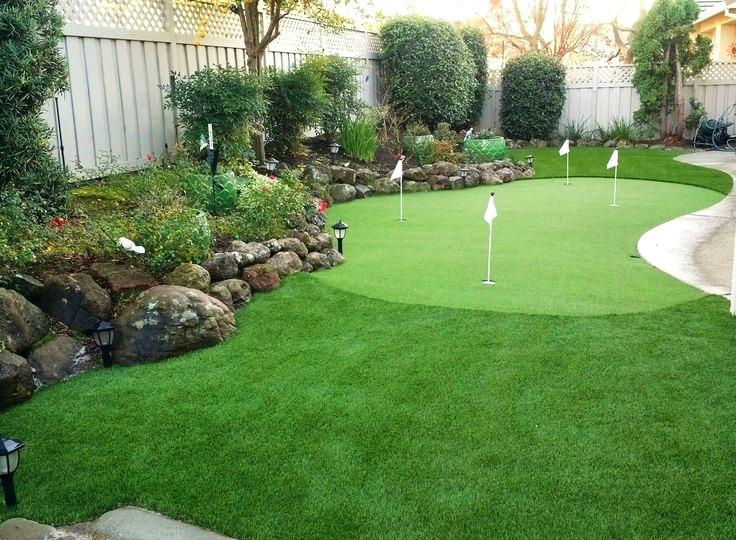 Courtyard Putting Green