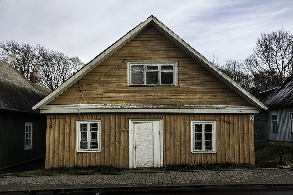 wooden traditional house ideas
