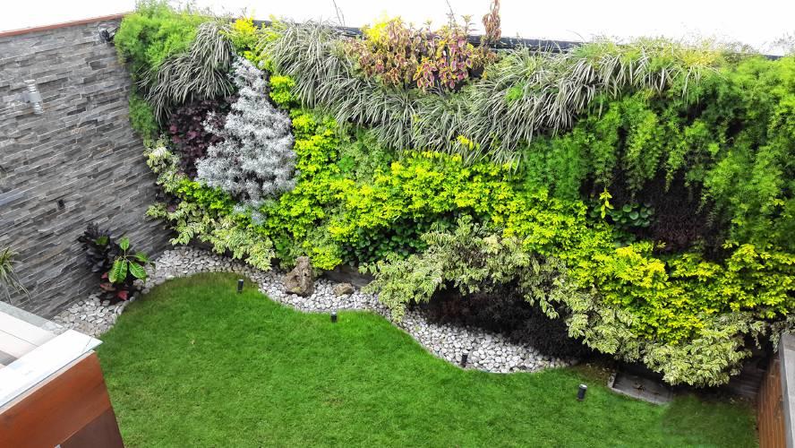 Perfect Vertical Garden Dream House Ideas