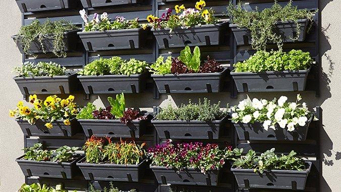 Plastic Vertical Garden Design Ideas