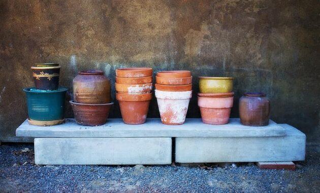 flower pots terracotta piles painted pottery rustic earthenware gardening