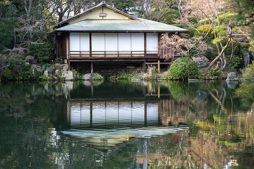 japan kobe garden lake traditional house