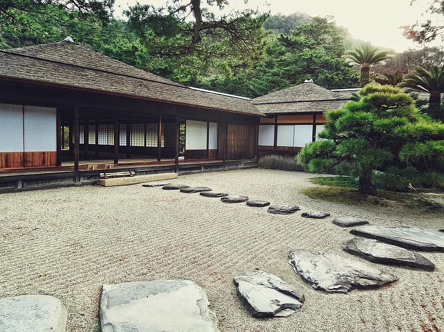 japanese garden stones path way house traditional zen old