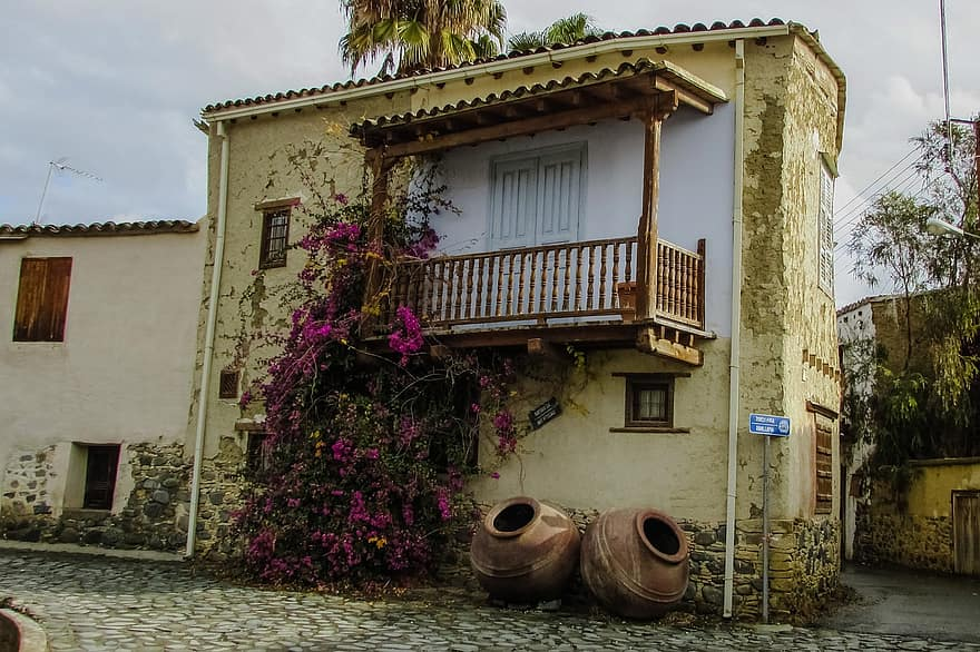 old house traditional architecture village street rural pera oreinis cyprus