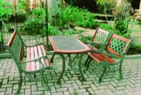 outdoor chair and table option for garden