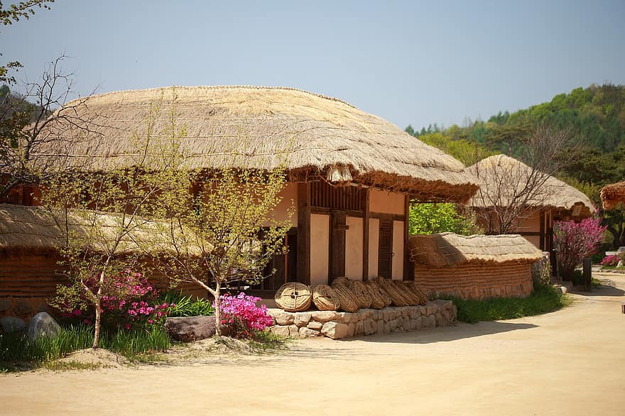 republic of korea traditional thatch roofed hose traditional houses