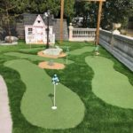 Backyard Putting Green With Elegant Modern Design