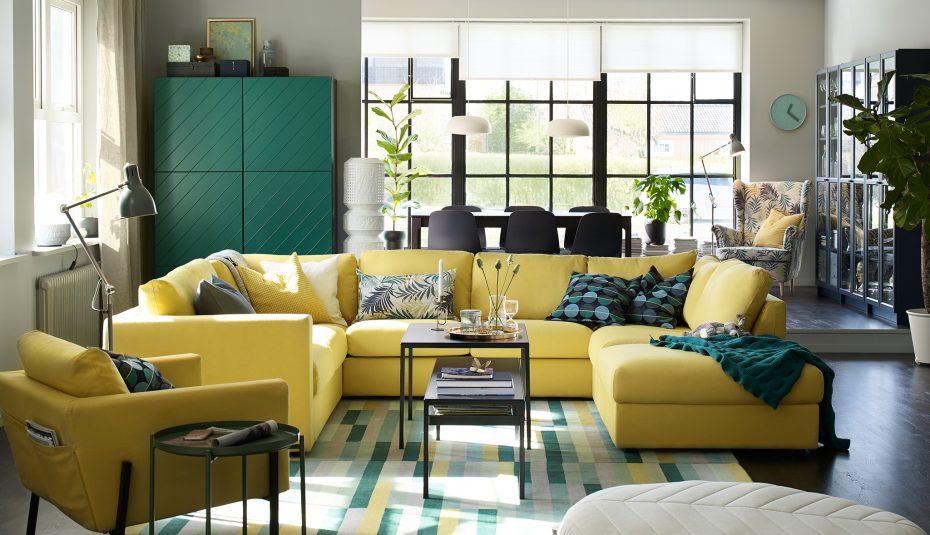 green living room decoration