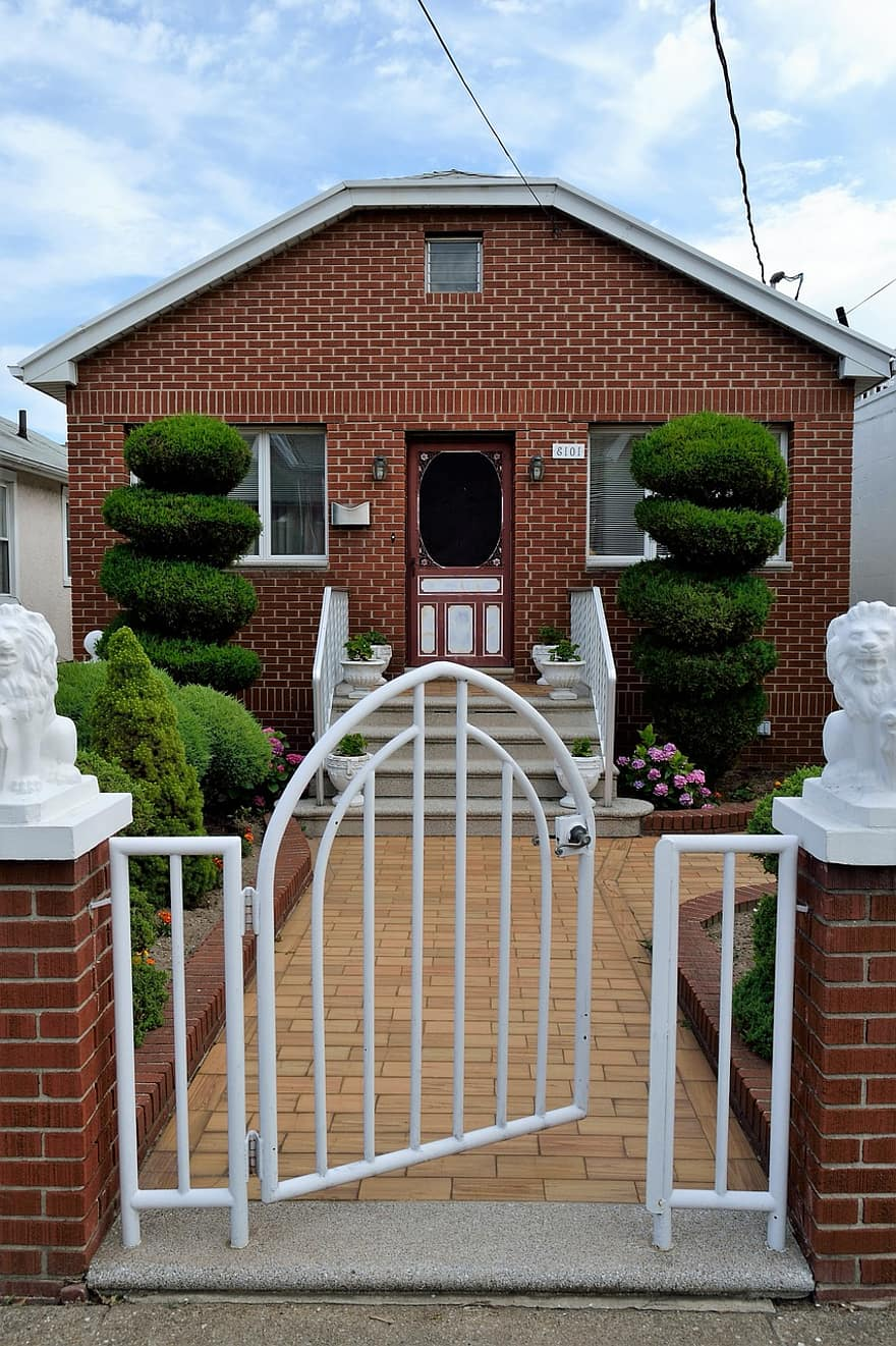 house home residence residential estate real architecture family new