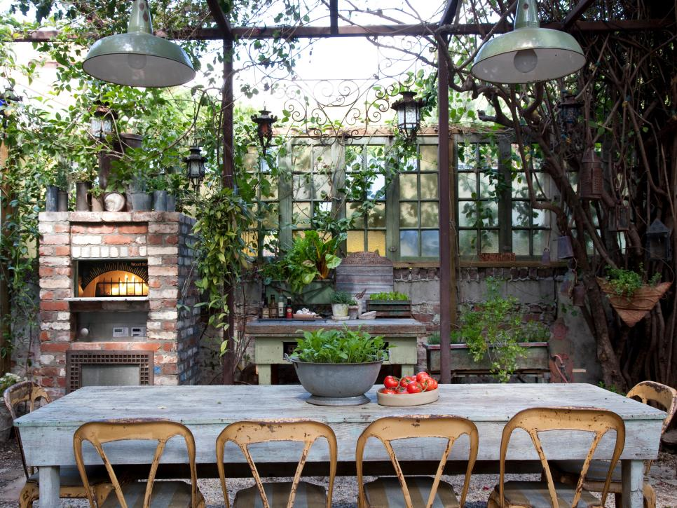 outdoor backyard dining area wooden furniture inspiration