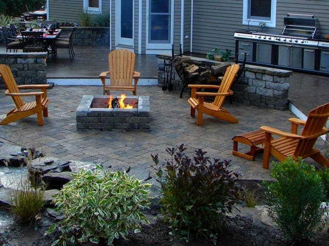 simple backyard and fire pit