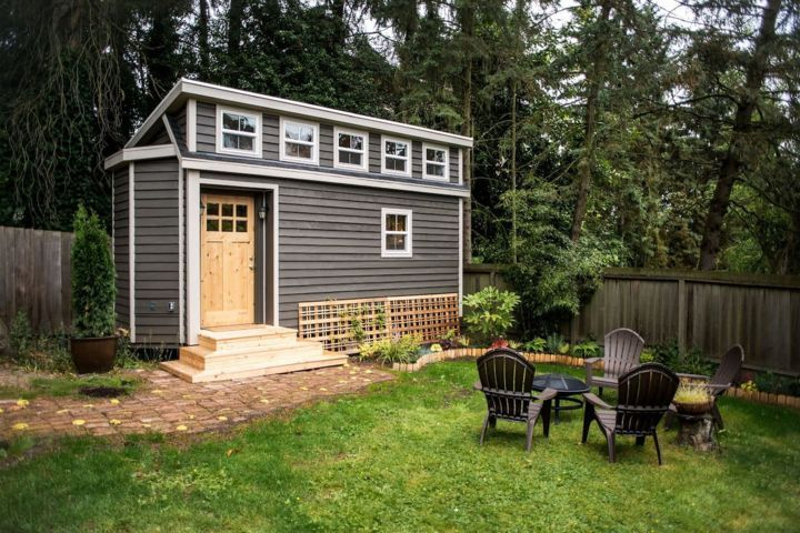 tiny home backyard cabin