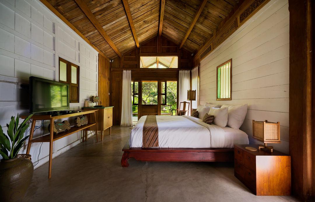 wooden house bedroom interior design