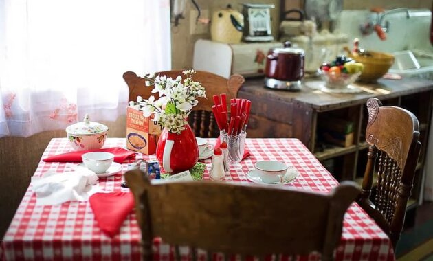 breakfast table kitchen table kitchen scene morning red