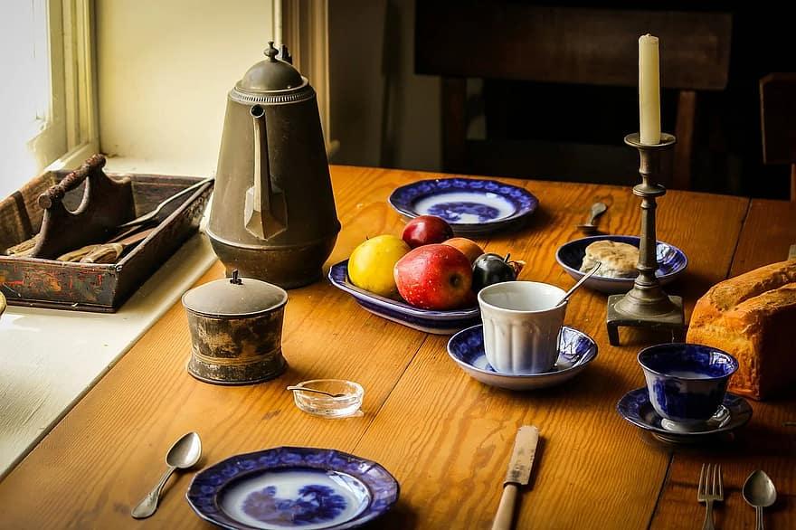 still life food dinner table farm kitchen appomattox court house historic tavern museum