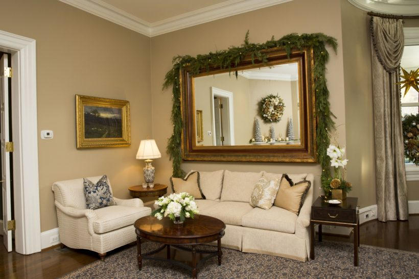 furniture - classic mirror living room