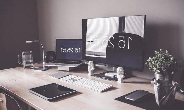 home office computer desk display iphone keyboard laptop luxury macbook
