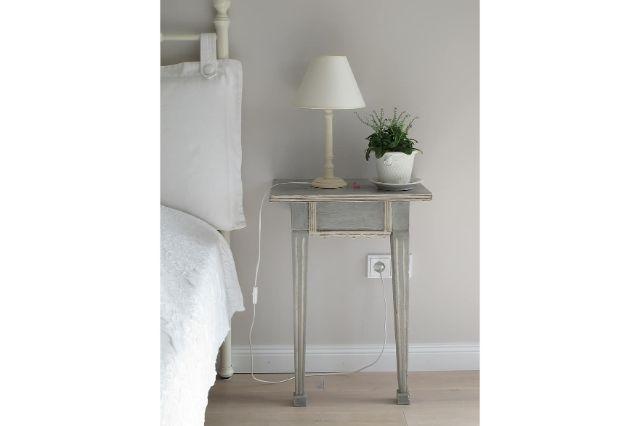 bedside nightstand lamp bedroom decor