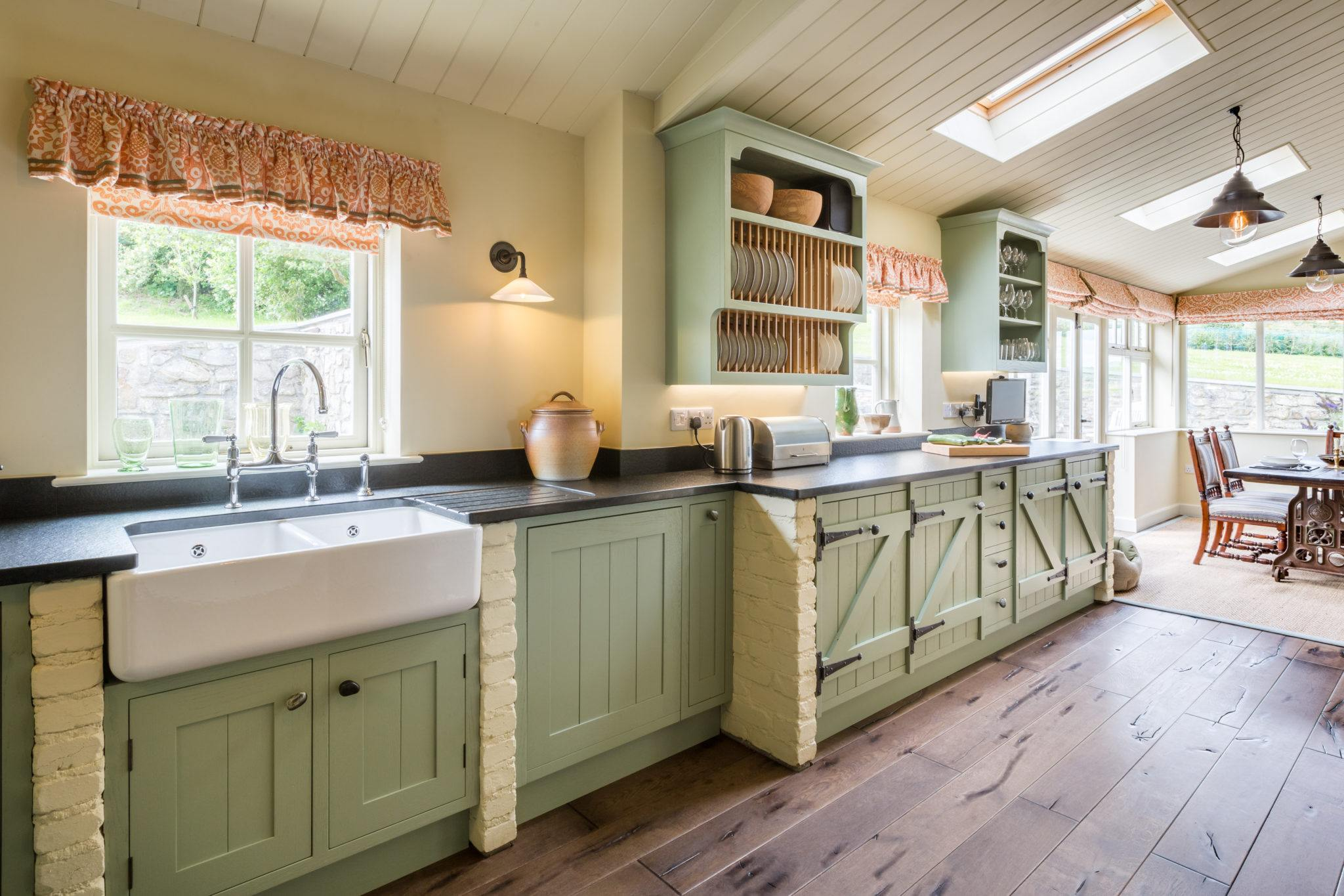 kitchen design ideas traditional and vintage