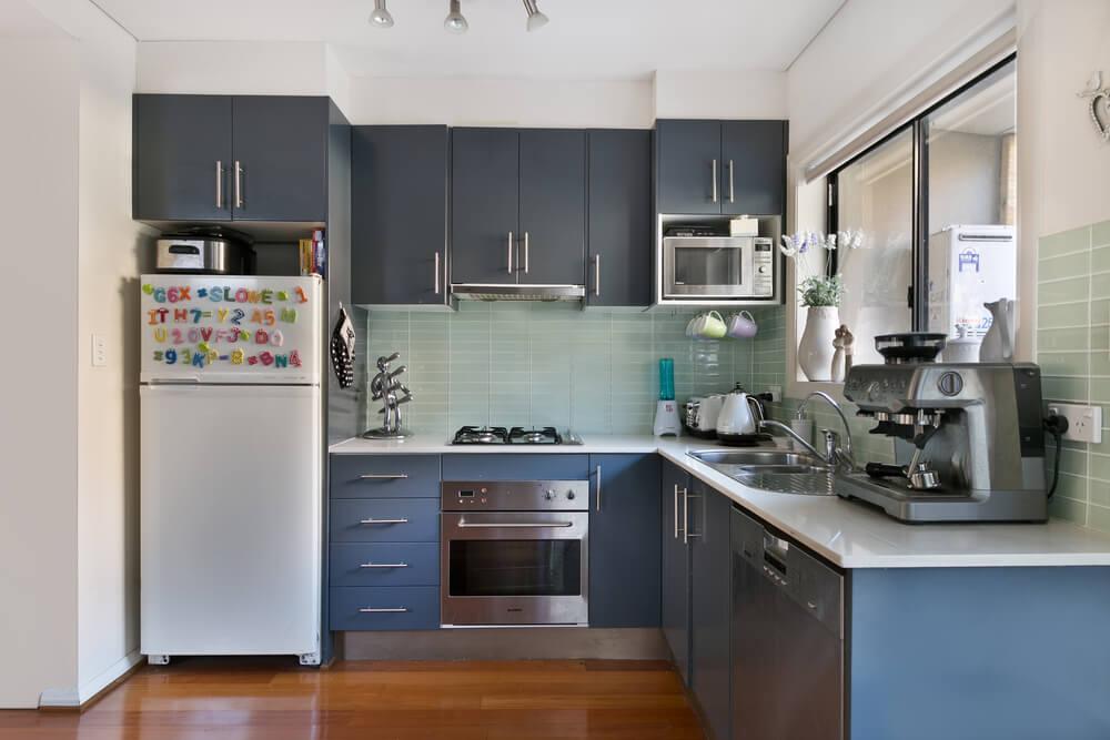 dark cabinets kitchen design