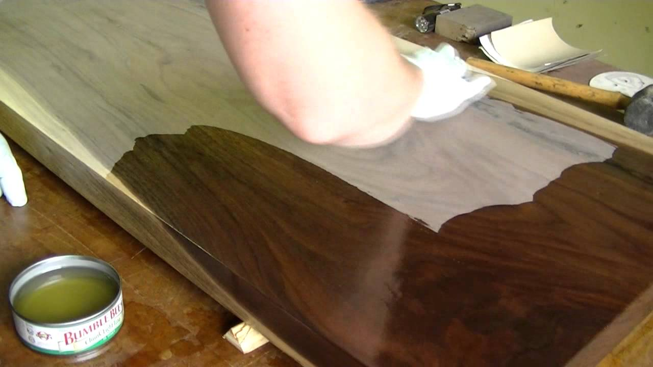finishing walnut table