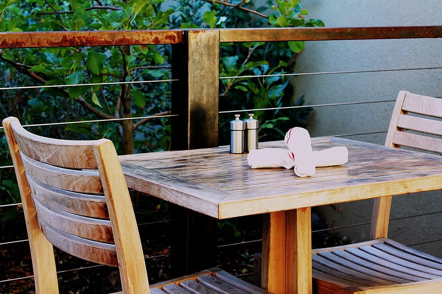 patio table outdoor seating restaurant patio outdoor ambiance restaurant outdoor furniture table and chairs casual dining cafe restaurant