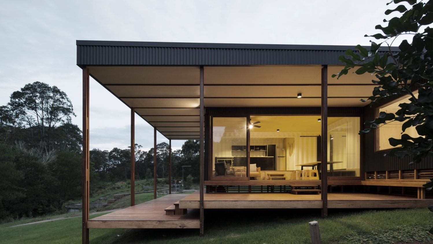 modern container shipping house