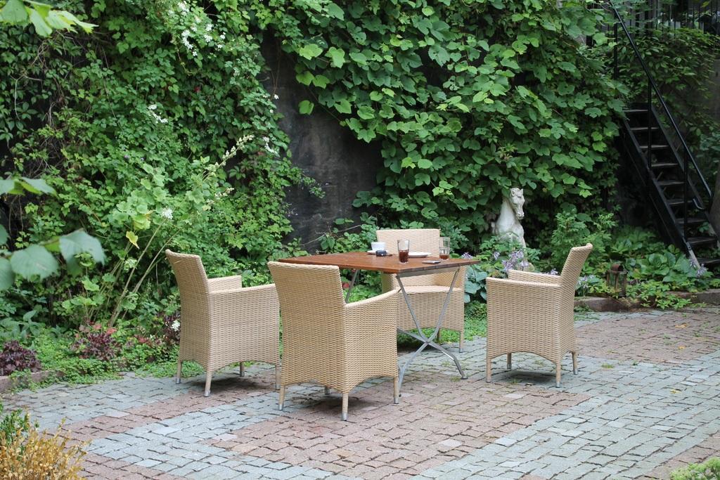backyard living
