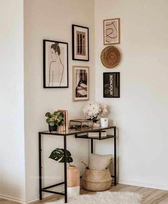 Simple design bookshelf