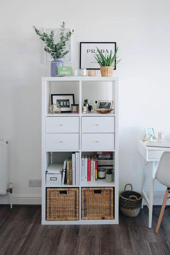 simple white bookshelf ideas
