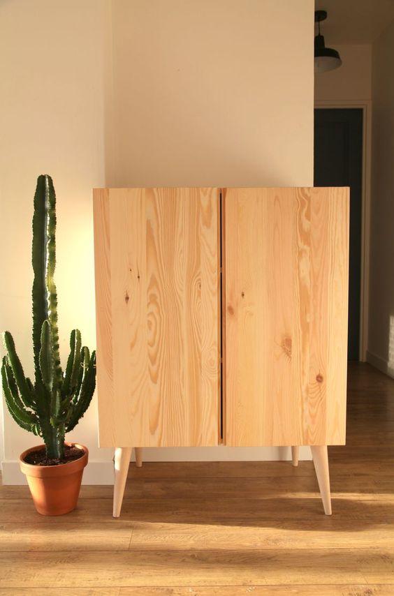 simple wooden bookshelf design