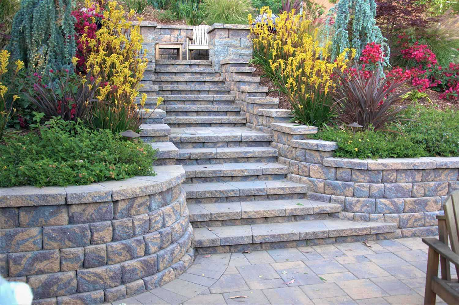 how to build steps with pavers 1