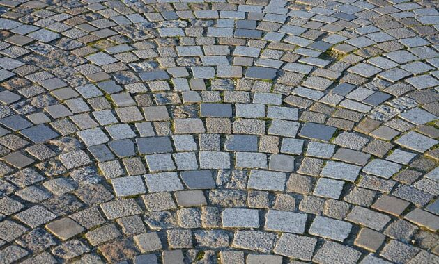 pavers road pavers stones surface road old street ancient town antique alley paved