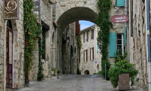 vezenobre gard medieval village pavers provence france facades
