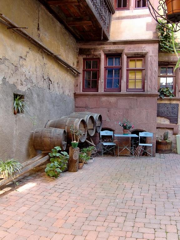 vintage brick patio ideas and design