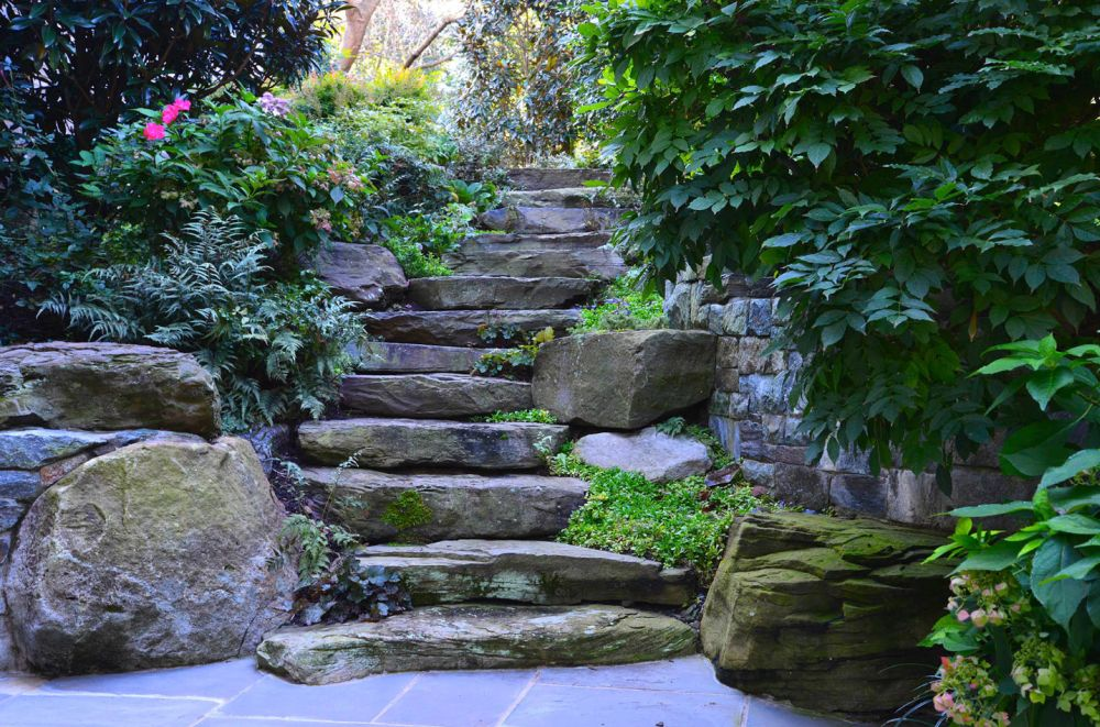 Landscaping Ideas involving stone steps