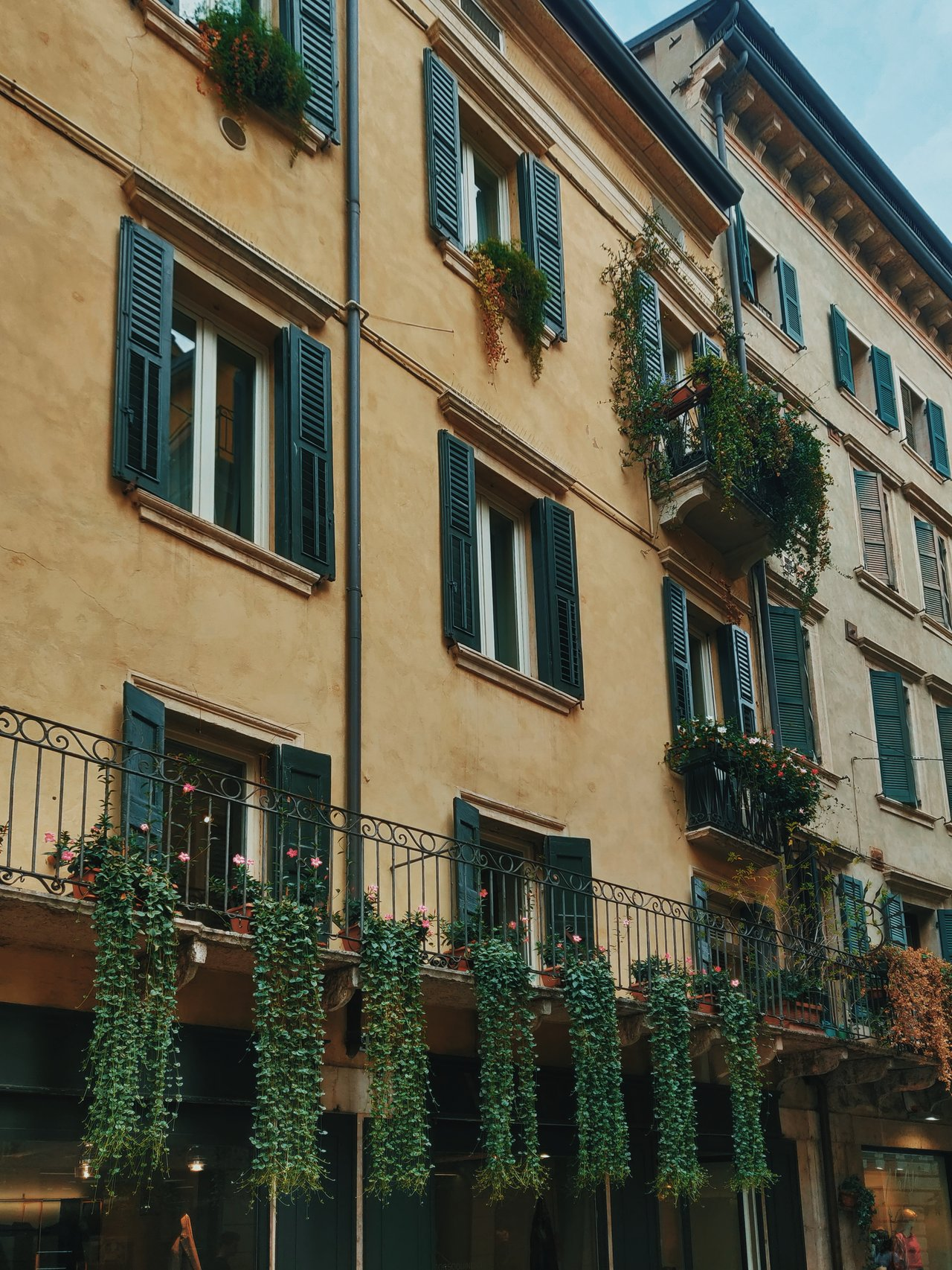 diy small apartment patio ideas
