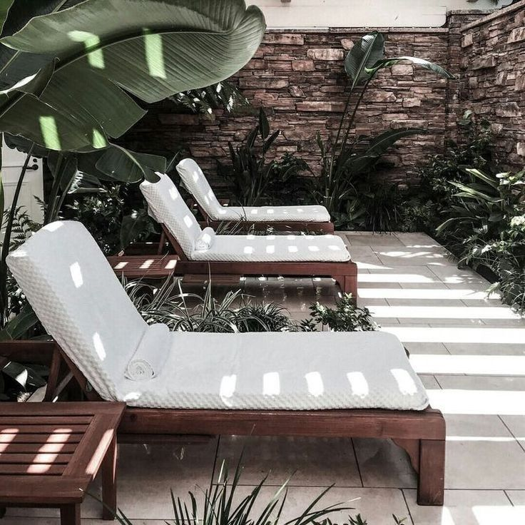 exterior lounge furniture