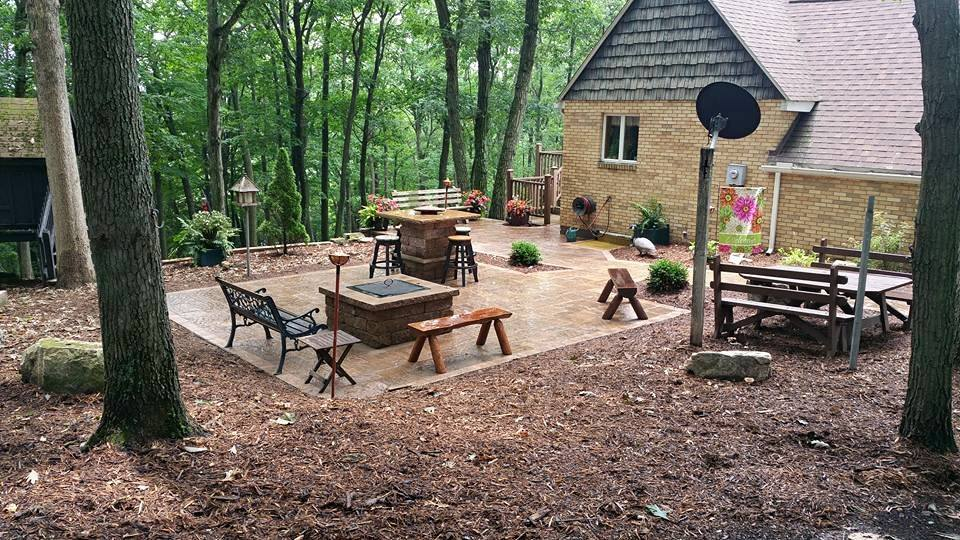 lanscaping ideas - fire pit and patio