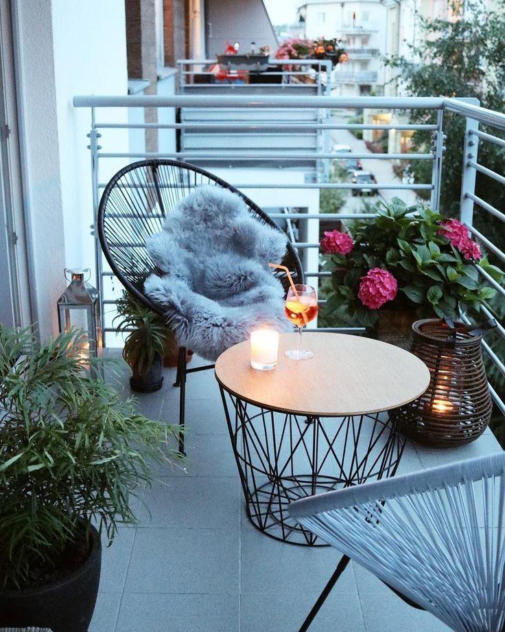 patio ideas with tiny garden