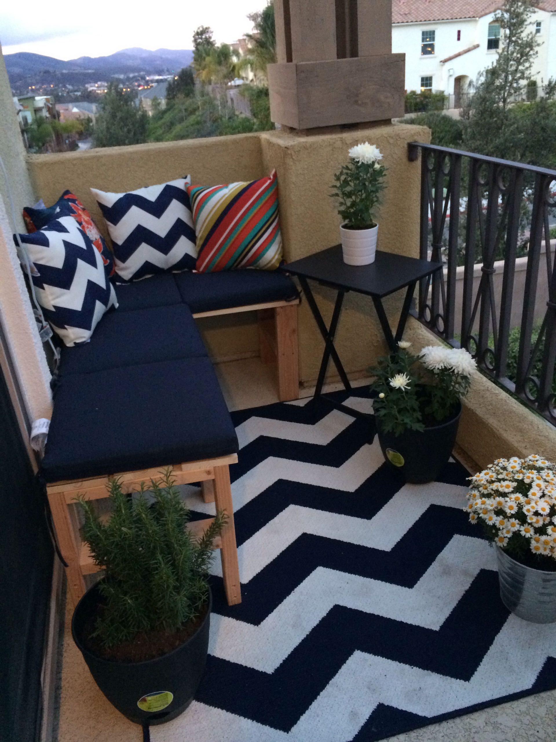 pretty balconies themes