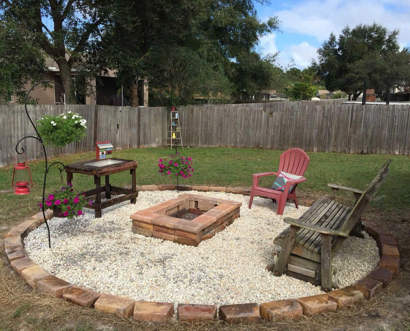small backyard with fire pit inspiration