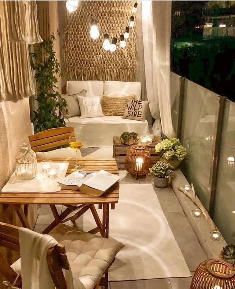 small outdoor luxury balconies