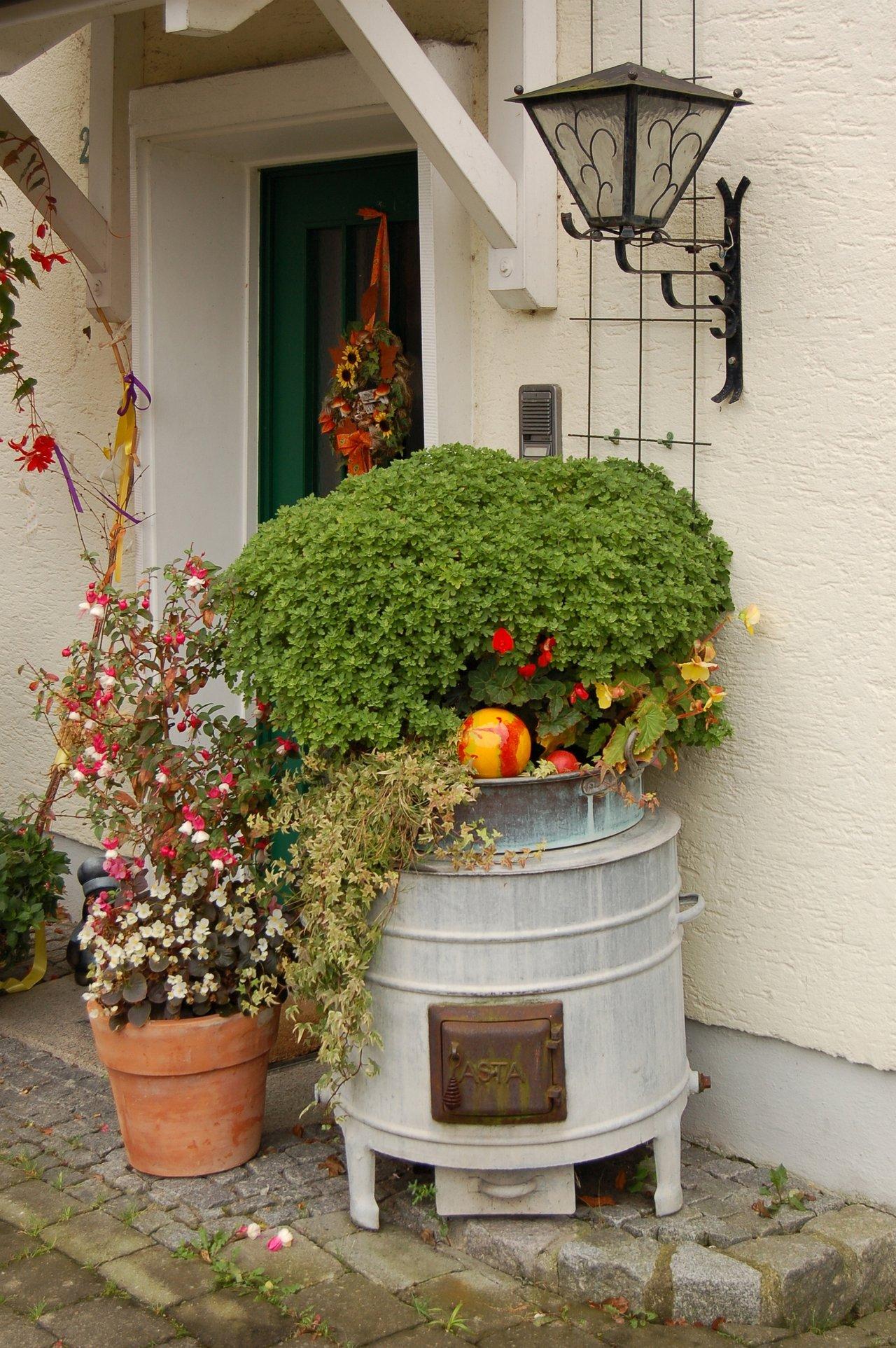 corner of garden ideas