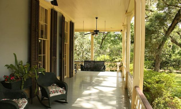 porch front house home exterior door residential real estate property