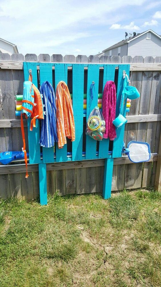 storage ideas for pool toys