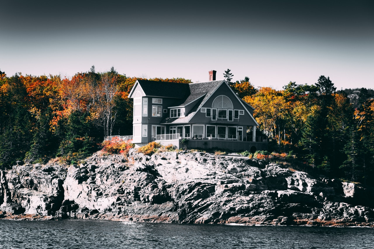 minimalist house list