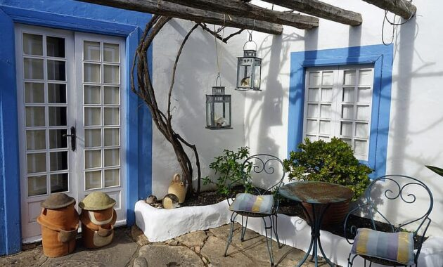 backyard seating area cozy spain rest blue 1