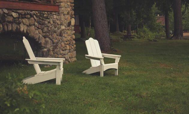 lawn chairs yard grass green summer home outdoor backyard furniture