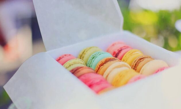 macaroons colorful dessert food french pastry sweet snack